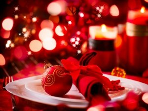 Restaurants open and serving christmas day in santa for Restaurants serving christmas dinner