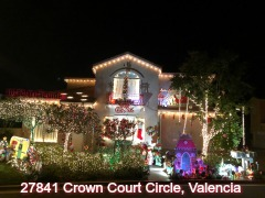 27841 Crown Court Circle, Valencia Christmas lights