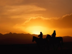 Take a sunset ride at Rainbow Ridge.<br>  Photographer: Wang Sanjun | Agency: Dreamstime.com